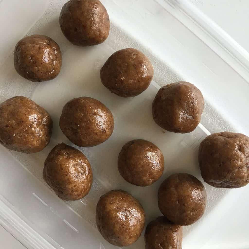 Sticky Coconut-Cashew Protein Bites