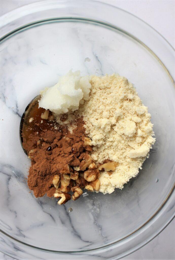 4 ingredient streusal before mixing