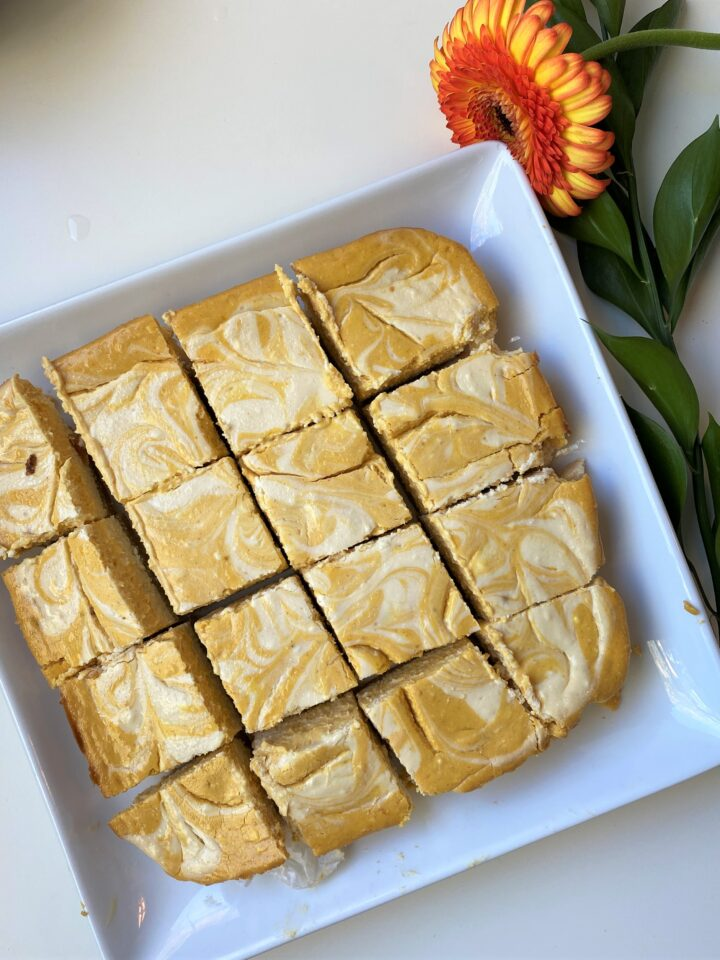 gluten free pumpkin swirl cheesecake bars